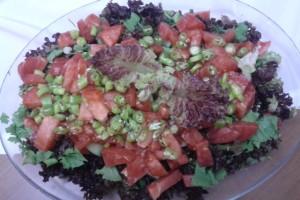 Mor Kıvırcık Salatası Tarifi