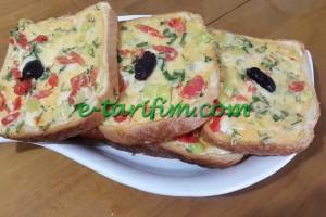 Kahvaltılık Fırında Mini Pizza